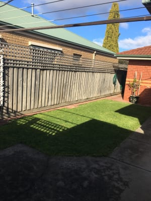 $160, Flatshare, 2 bathrooms, Harris Court, Bell Post Hill VIC 3215