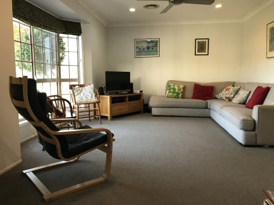 $160, Share-house, 2 rooms, Stenner Street, Centenary Heights QLD 4350, Stenner Street, Centenary Heights QLD 4350