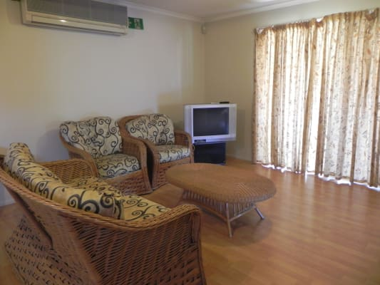$140, Share-house, 6 bathrooms, Musgrave Road, Coopers Plains QLD 4108