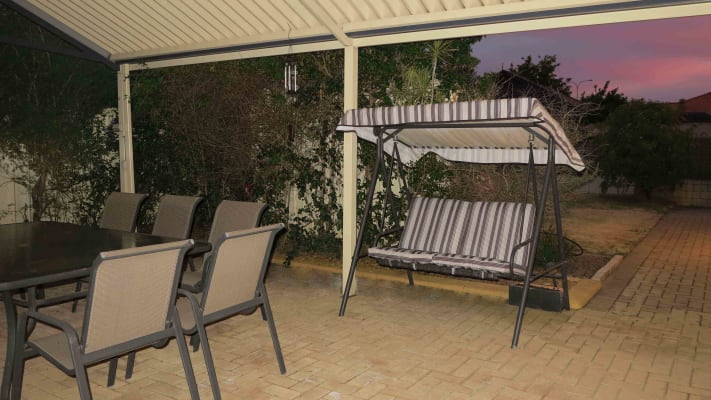 $200, Share-house, 2 bathrooms, Oakhill Drive, Canning Vale WA 6155