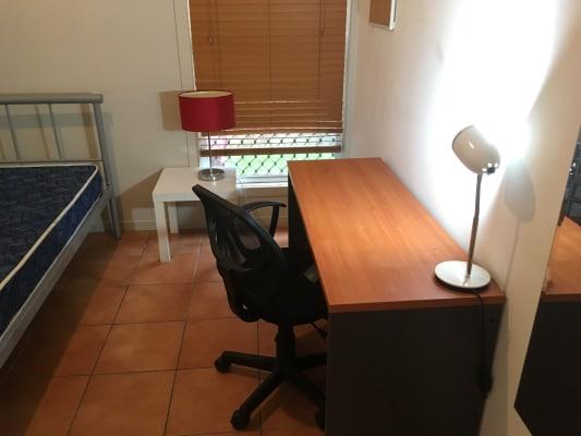 $185, Flatshare, 3 bathrooms, Thomas Street, Kangaroo Point QLD 4169