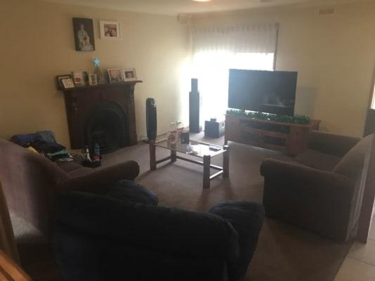 $180, Share-house, 4 bathrooms, Elaine Avenue, Alfredton VIC 3350