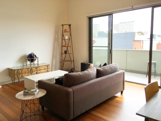 $290, Share-house, 2 bathrooms, Johnston Street, Abbotsford VIC 3067