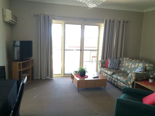 $165, Flatshare, 3 bathrooms, Gladstone Road, Highgate Hill QLD 4101