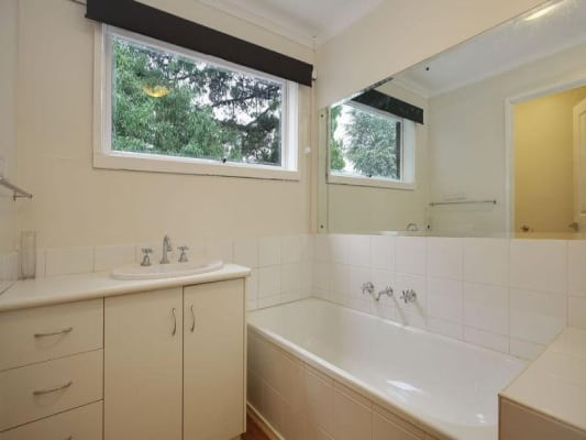 $175, Share-house, 3 bathrooms, Thomas Street, Ringwood VIC 3134