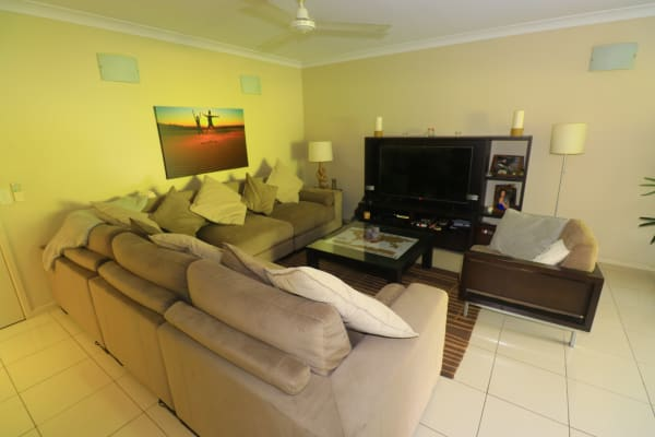 $180, Flatshare, 2 bathrooms, Gregory Street, Westcourt QLD 4870