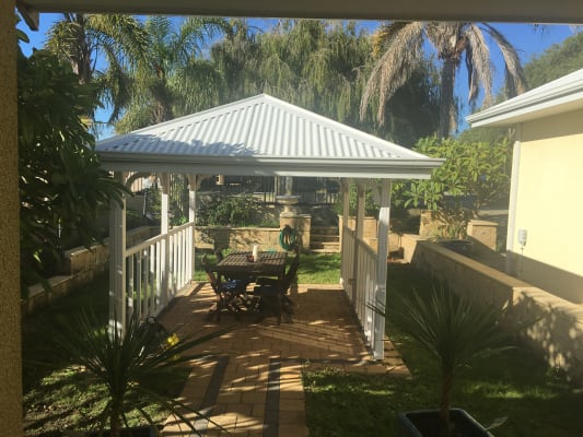 $220, Share-house, 3 bathrooms, Welwyn Avenue, Salter Point WA 6152