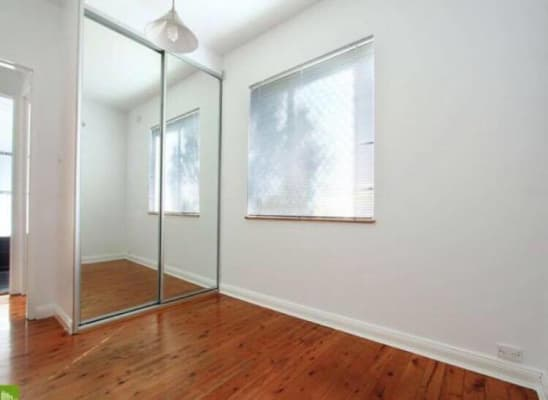 $180, Flatshare, 2 bathrooms, Reserve Street, West Wollongong NSW 2500