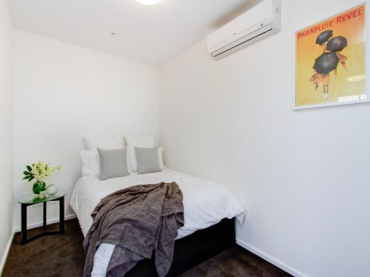 $160, Flatshare, 2 bathrooms, Flinders Street, Adelaide SA 5000
