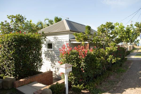 $195, Share-house, 3 bathrooms, Bar Beach Avenue, Bar Beach NSW 2300