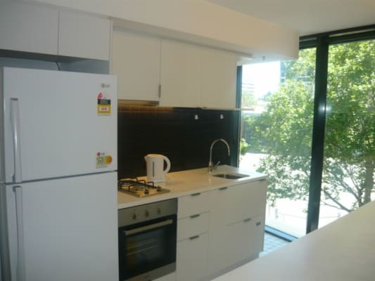 $160, Flatshare, 3 bathrooms, Abeckett Street, Melbourne VIC 3000