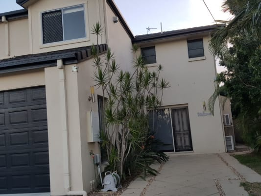 $200, Share-house, 3 bathrooms, Adams Ave , Miami QLD 4220