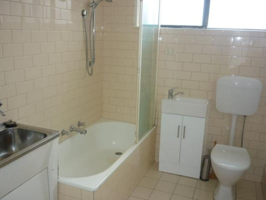 $210, Share-house, 2 bathrooms, Albert Street, Port Melbourne VIC 3207