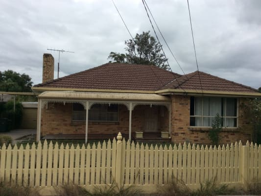 $150, Share-house, 3 bathrooms, Ashwood Drive , Ashwood VIC 3147