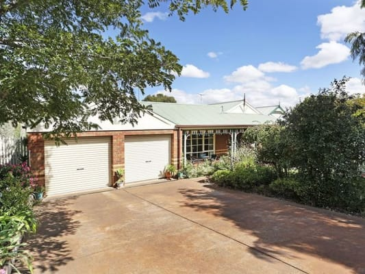 $160, Share-house, 3 bathrooms, Augustine Drive, Highton VIC 3216