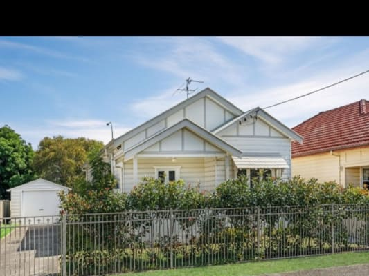 $180, Share-house, 3 bathrooms, Baird Street, Hamilton North NSW 2292