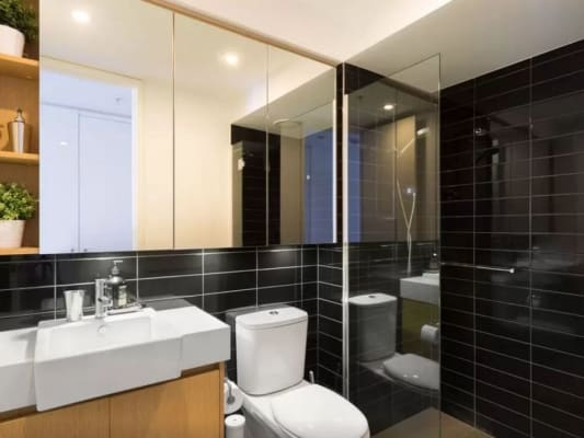 $350, Flatshare, 2 bathrooms, Bay Street, Port Melbourne VIC 3207