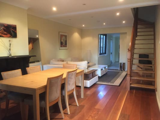 $300, Share-house, 3 bathrooms, Bloomfield Street, Surry Hills NSW 2010