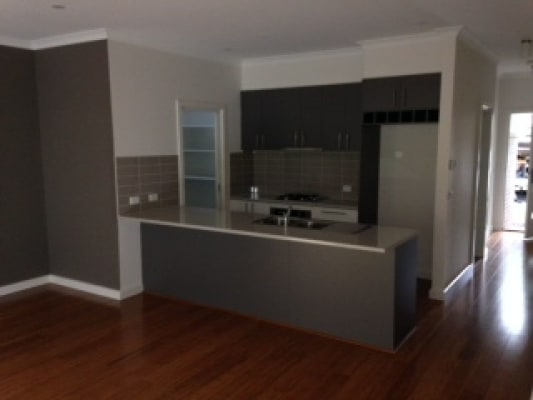 $180, Share-house, 2 bathrooms, Browning Street, Kilsyth VIC 3137