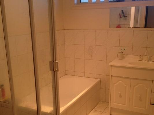 $130, Share-house, 4 bathrooms, Burwood, Burwood VIC 3125