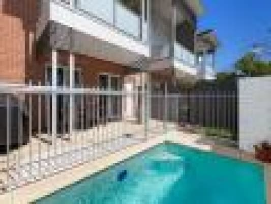 $240, Share-house, 3 bathrooms, Buxton, Ascot QLD 4007