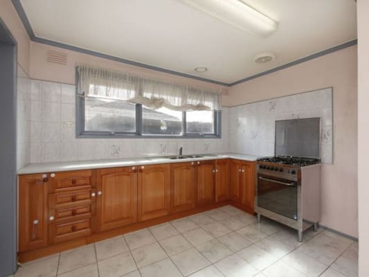 $119, Share-house, 4 bathrooms, Cambridge Court, Thomastown VIC 3074