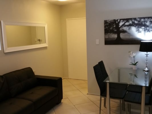 $245, Flatshare, 3 bathrooms, Carmody Road, Saint Lucia QLD 4067