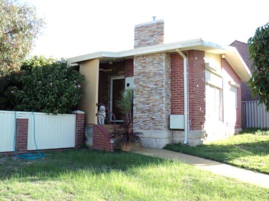 $140, Share-house, 3 bathrooms, Carmody Street, Hamilton Hill WA 6163