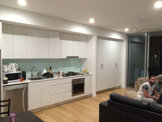 $190, Flatshare, 2 bathrooms, Chalmers, Surry Hills NSW 2010