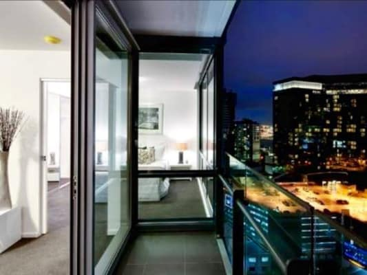 $335, Flatshare, 2 bathrooms, City Road, Southbank VIC 3006