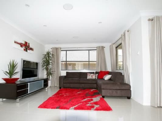 $300, Share-house, 5 bathrooms, Stonecutters Drive, Colebee NSW 2761