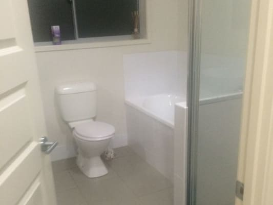 $180, Share-house, 4 bathrooms, Cottonwood Crescent, Springfield Lakes QLD 4300