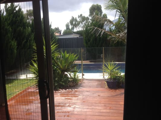 $230, Share-house, 3 bathrooms, Counihan Avenue, Caroline Springs VIC 3023