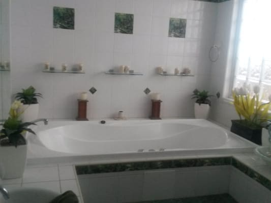 $120, Share-house, 4 bathrooms, Denison Street, Rockhampton City QLD 4700