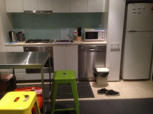 $165, Flatshare, 2 bathrooms, Downie Street, Melbourne VIC 3000