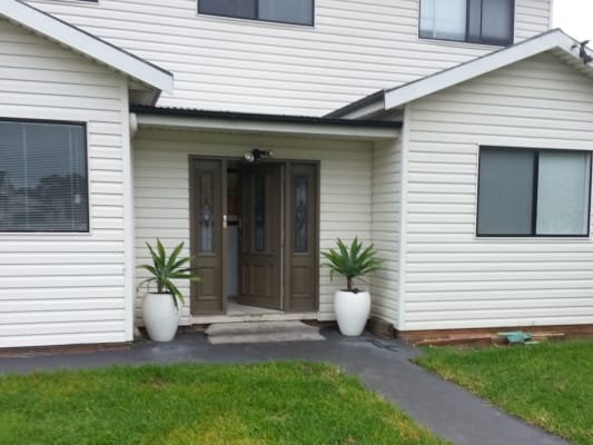 $180, Share-house, 3 bathrooms, Dunalban Avenue, Woy Woy NSW 2256