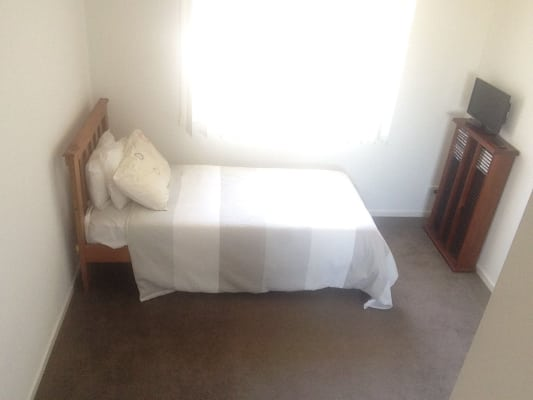 $125, Share-house, 3 bathrooms, Earlston Place, Craigieburn VIC 3064