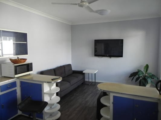$140, Share-house, 5 bathrooms, Fairfield Rd, Fairfield QLD 4103