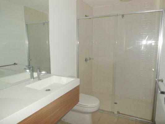 $230, Flatshare, 3 bathrooms, Flinders Street, Melbourne VIC 3000