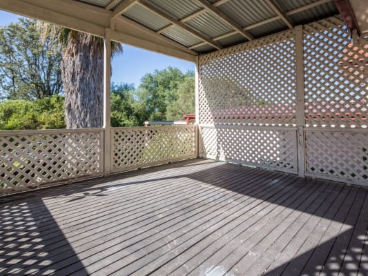$180, Share-house, 4 bathrooms, Fussell St, Birmingham Gardens NSW 2287