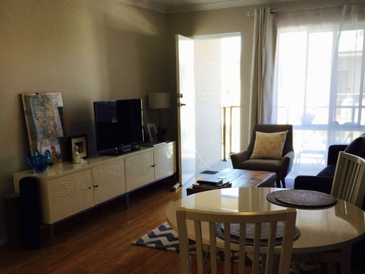 $200, Flatshare, 2 bathrooms, Gardner St, Como WA 6152