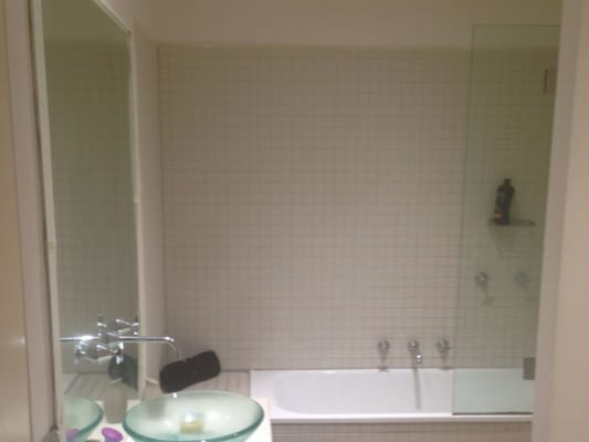 $240, Flatshare, 2 bathrooms, Graham, Port Melbourne VIC 3207