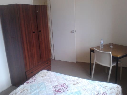$175, Share-house, 3 bathrooms, Hall, Newport VIC 3015