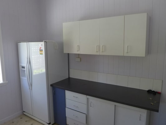 $180, Share-house, 4 bathrooms, Harrys Road, Taringa QLD 4068