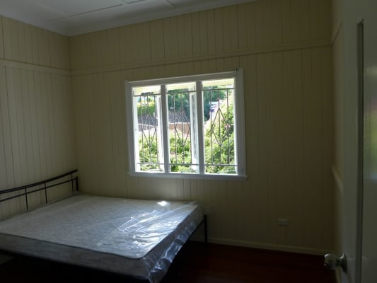 $220, Share-house, 4 bathrooms, Harrys Road, Taringa QLD 4068