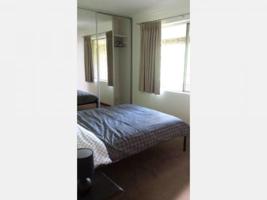 $180, Flatshare, 2 bathrooms, Heard Way, Glendalough WA 6016