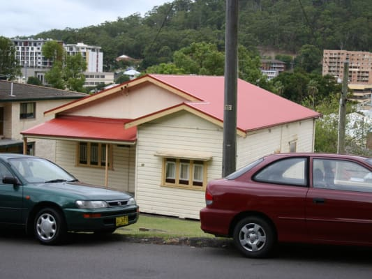 $210, Share-house, 2 bathrooms, Holden Street, Gosford NSW 2250