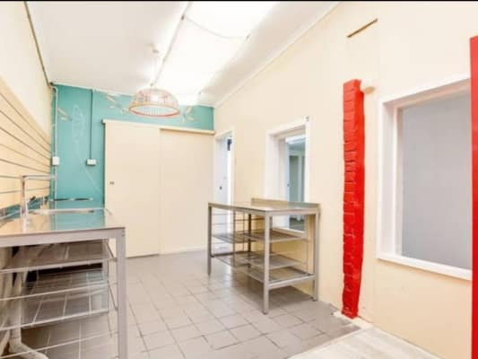 $250, Share-house, 5 bathrooms, King Street, Newtown NSW 2042