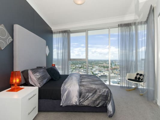 $250, Flatshare, 2 bathrooms, Lawson Street, Southport QLD 4215