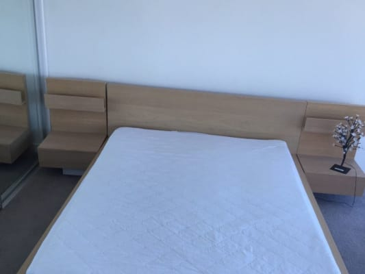 $270, Flatshare, 2 bathrooms, Lawson Street, Southport QLD 4215